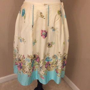 $8 SALE Oscar de la Renta cream floral skirt, 8